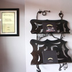 Forged accessories and decorations
