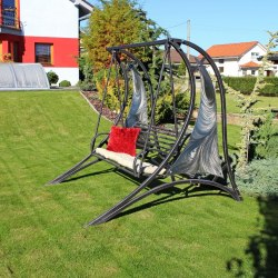 A rustless swing - a hint of futurism